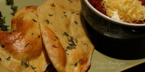 The Daring Bakers' February 2013 Challenge – Crisp Crackers and Flatbreads (a Chilli Con Carne k tomu)