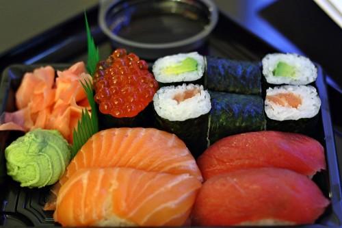 Tate sushi set