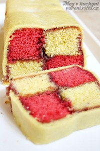 The Daring Bakers' June 2012 Challenge – Battenberg Cake