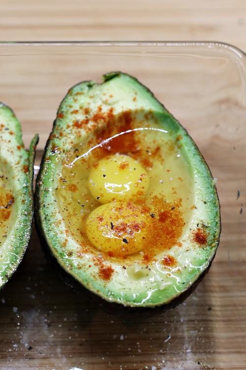 Vajíčka v avokádu