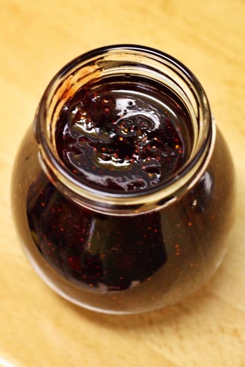 Plnění marmelády