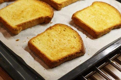 Opečený chléb