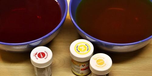 Barvení sirupů