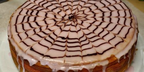 Pavučina na dortu