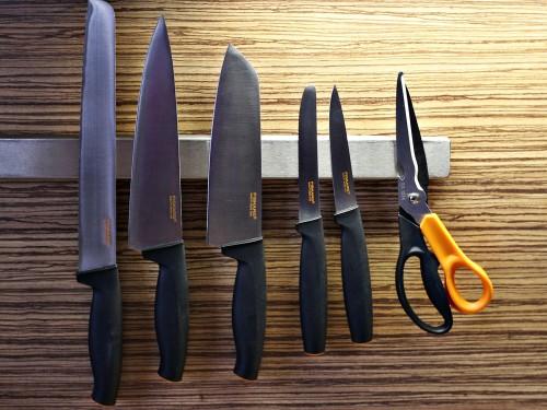 Nože a nůžky Fiskars