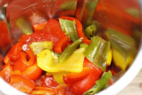 Nakrájené papriky a chilli