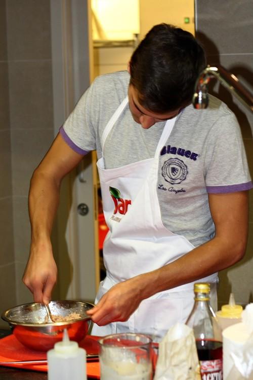 Příprava noků do polévky
