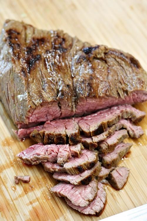 Krájení steaku