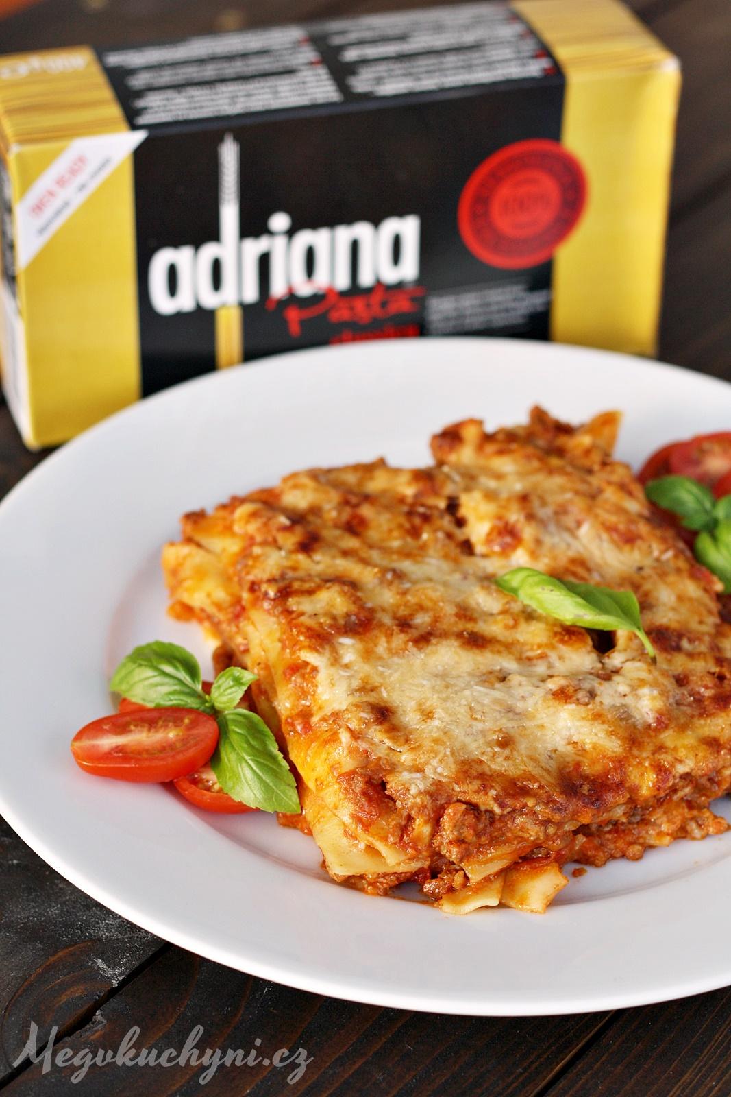 Boloňské lasagne stěstovinami Adriana