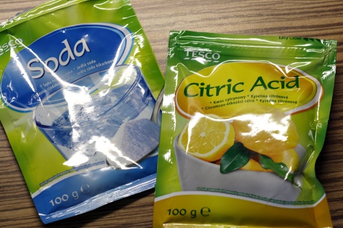 Jedlá soda a kyselina citronová