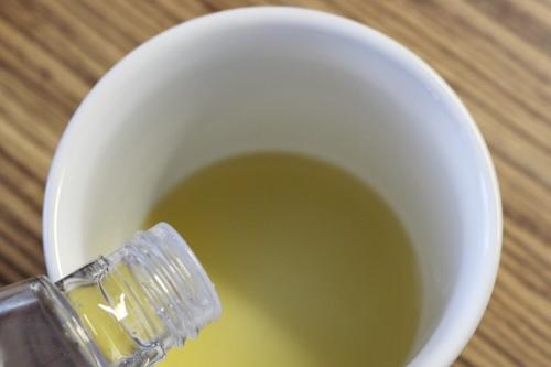 Vonný olej do čaje