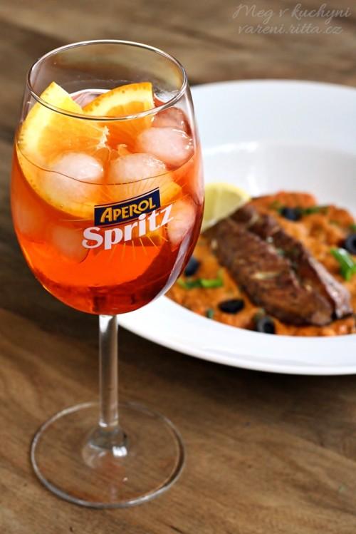 Makrela uzená v hrnci s rajčatovo-cizrnovým pyré & Spritz