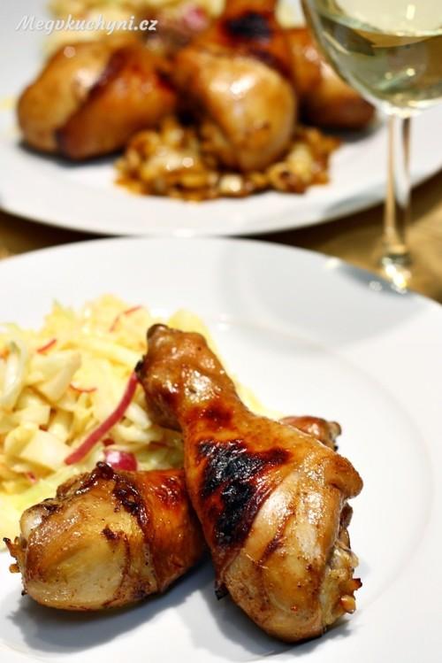 Grilované kuřecí paličky a Coleslaw