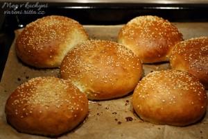 Dokonalý hamburger, část II. – Housky