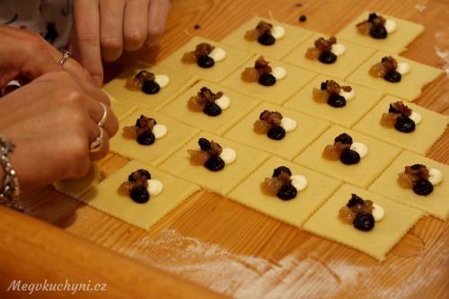 Příprava rohových koláčů
