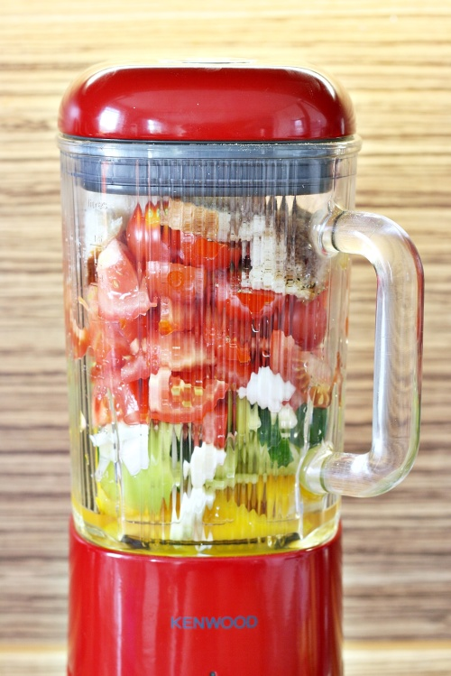 Zelenina v mixéru