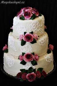 Svatební speciál: Jak jsem poprvé pekla třípatrový svatební dort