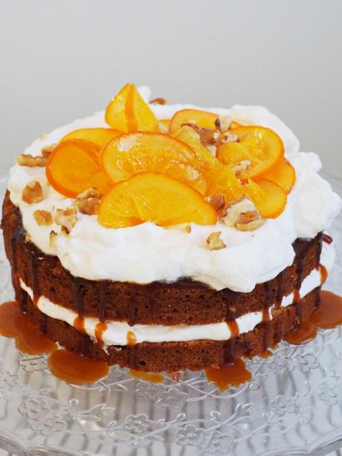 Sváteční dort sořechy a pomerančem