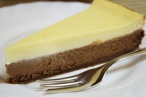 Dvoubarevný čokoládový cheesecake