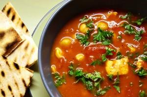 Marocká cizrnová polévka (harira)