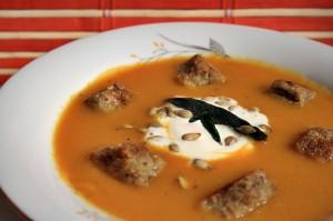Zeleninová polévka sdýní vhlavní roli