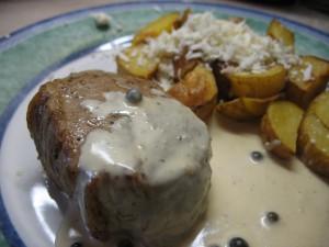 Steak somáčkou ze zeleného pepře